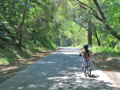 Biking in the San Gabriel Mtns on FamilyTrails.com